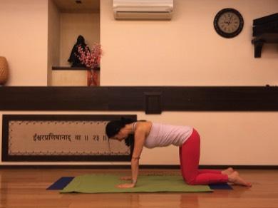 Йога уроки на голове